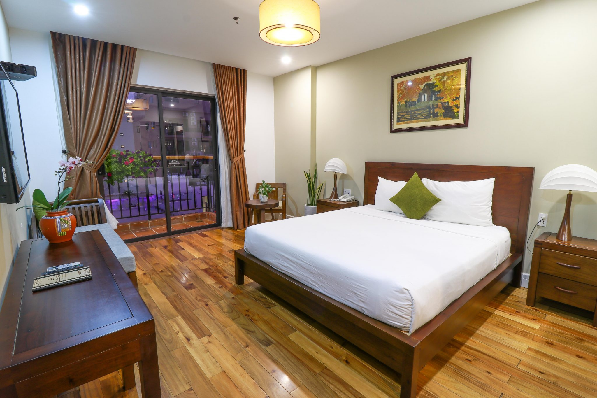 eco-green-boutique-hotel-eco-suite-room-5-2019